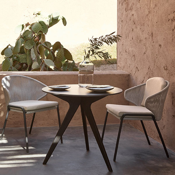 perfect for small spaces: radius chairs with torsa bistro table