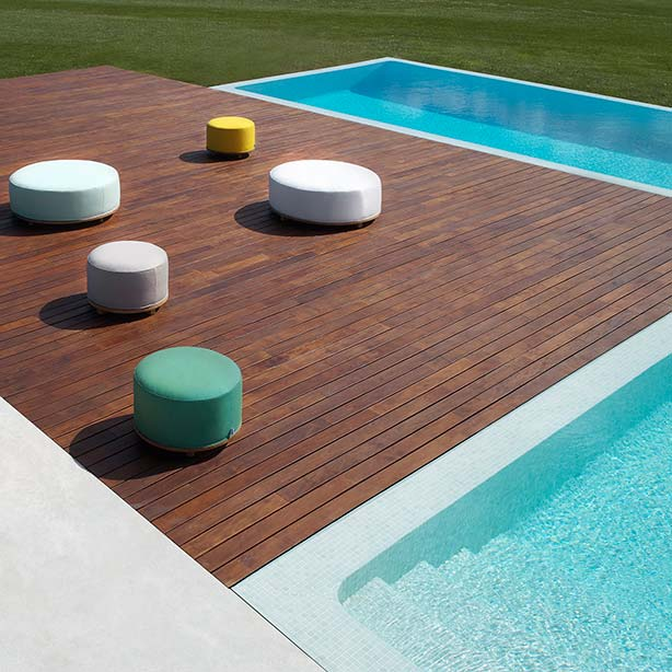 playing with circles: fup ottomans in two sizes and many colors by point