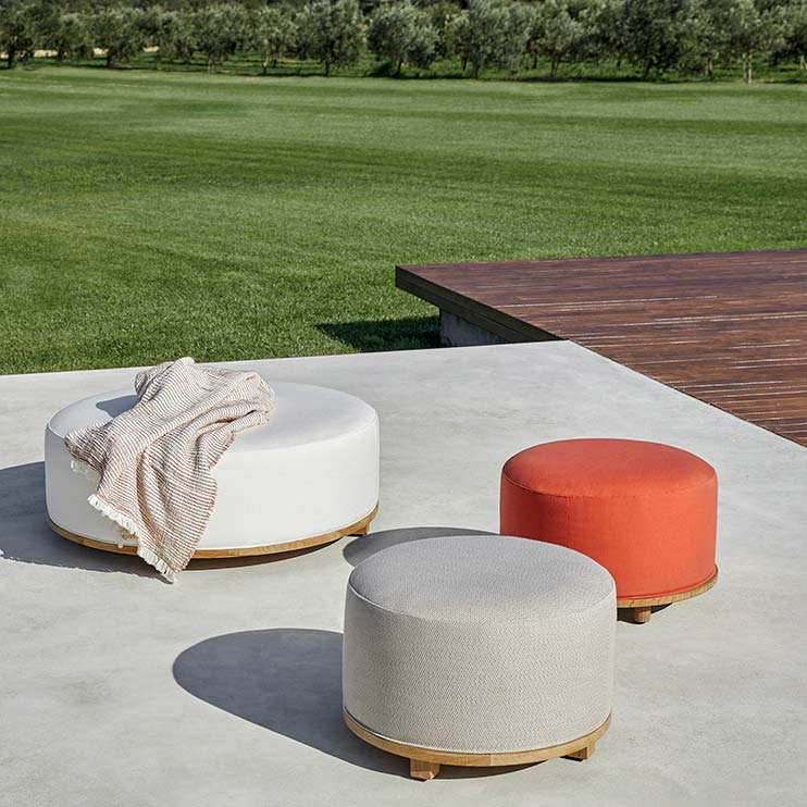 add color and elegance: enrich your outdoor settings with fup ottomans