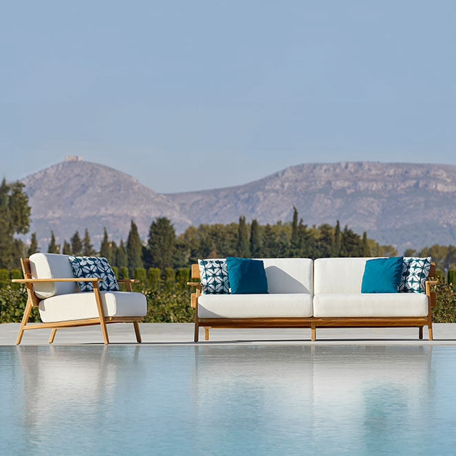 """pool serenity (left-right): paralel lounge chair, 3-seater sofa and 31"""" round coffee table (optional: deco cushions)"""