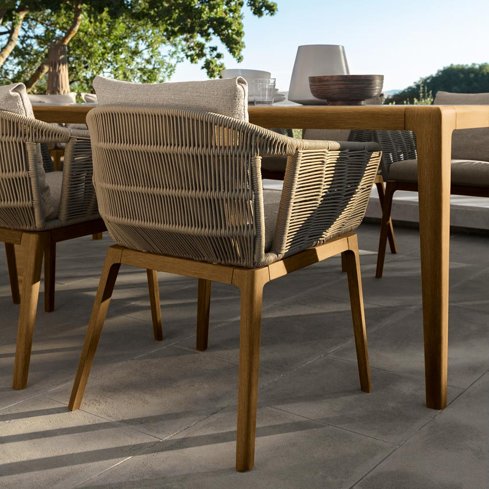 smoked teak: beautiful smoked teak adds an elegant and classic look to the dining set