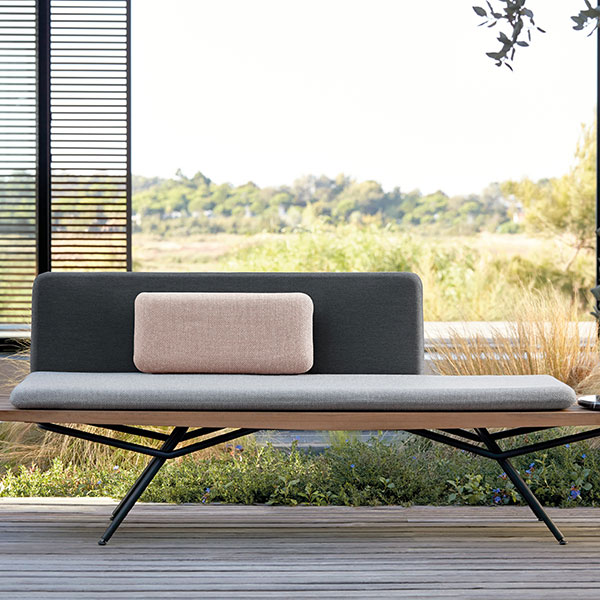 making a statement: san bench as a sofa with marble round in portoro black