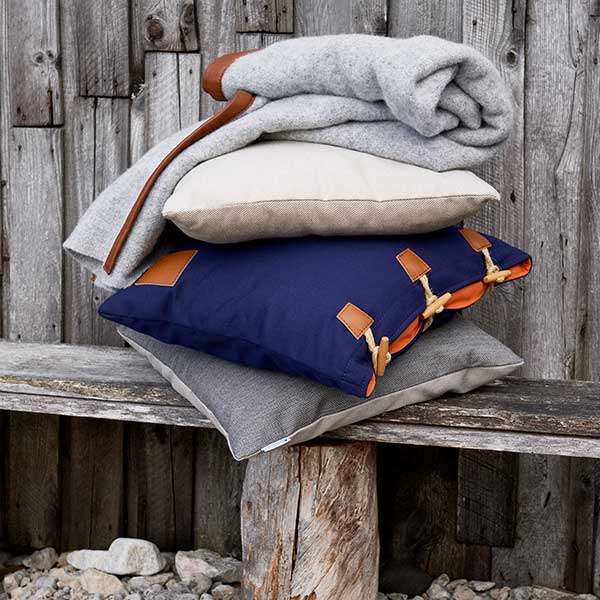perfect combo: skargaarden morup (light gray) w/ pillow hemse and pillow bunge underneath