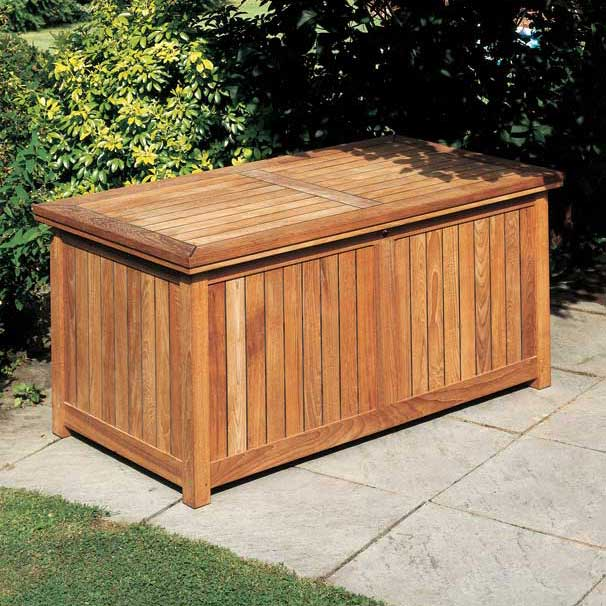 barlow tyrie's storage chest closed