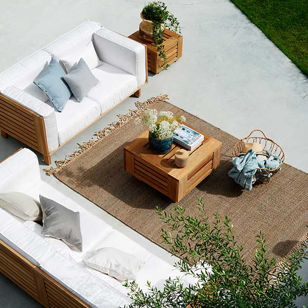 """bird's-eye view: skanor 2- and 3-seater sofa (special-order fabric: sunbrella natte white) with 28"""" lounge table"""