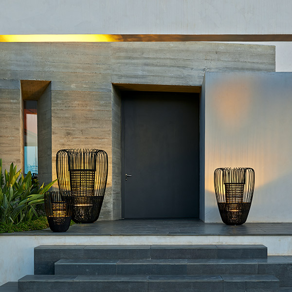 clad in mystic light: mist LED lamps come in three different sizes (finish: dark)
