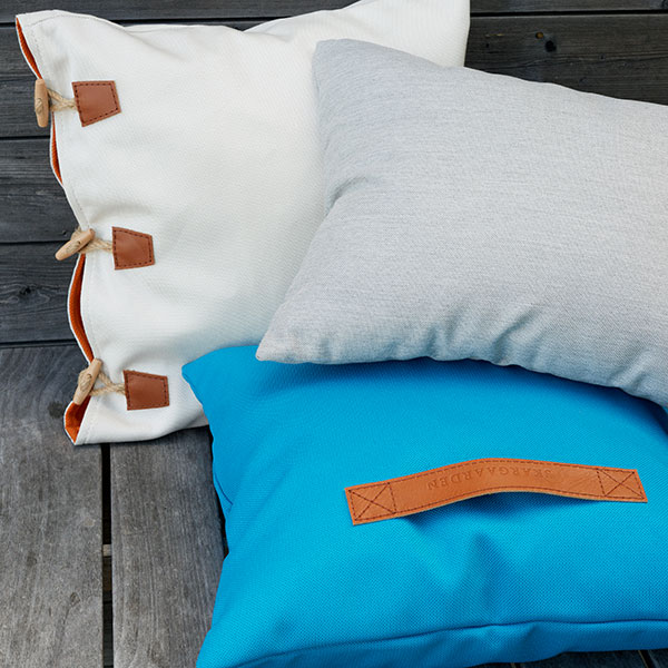 aesthetic softness (left to right): hemse (white/ orange insert), tofta (light blue/ leather handle | sorry, tofta in light blue has been discontinued) and bunge (blue-gray)