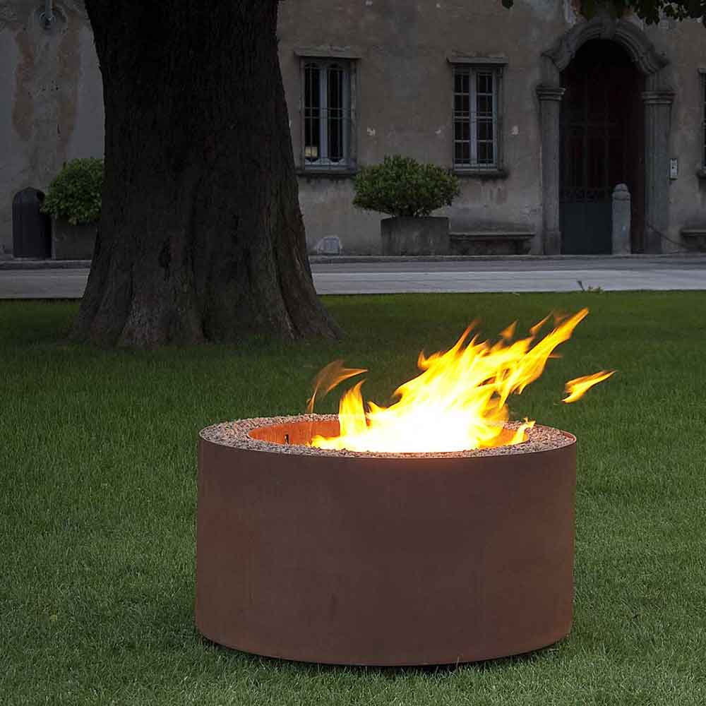 contained fire: mangiafuoco in finish rust (oxidized steel)