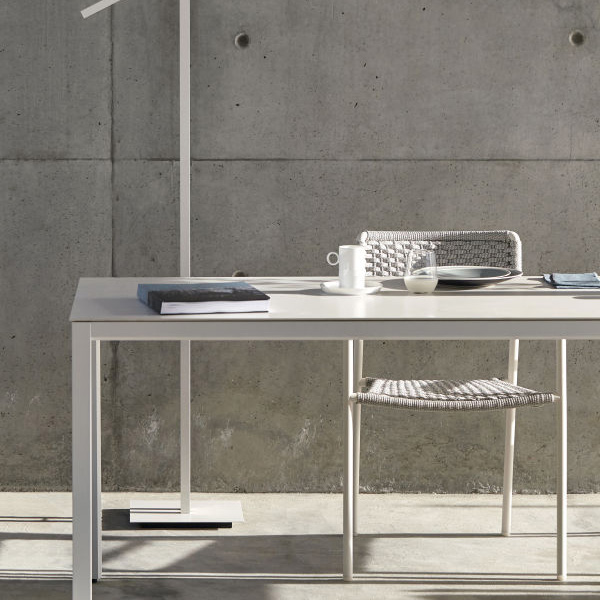 in use: quarto rectangular table with echo chair