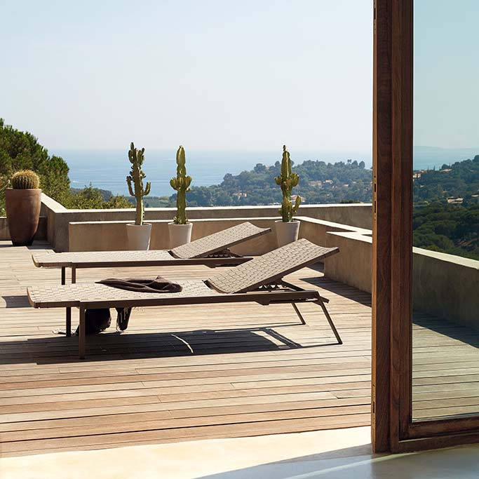 two pheniks chaise lounges side by side (stackable and adjustable)