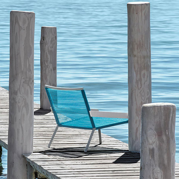 face the sun: allaperto camping chiclounge chair