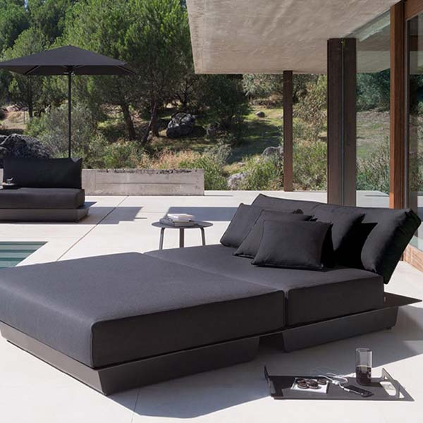 lounger for two: concept 6 shown with cushions in coal black lotus fabric