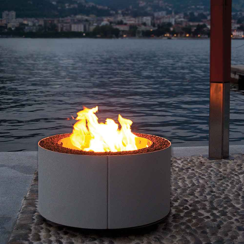 small but efficient: mangiafuoco's diameter is only 32 inches