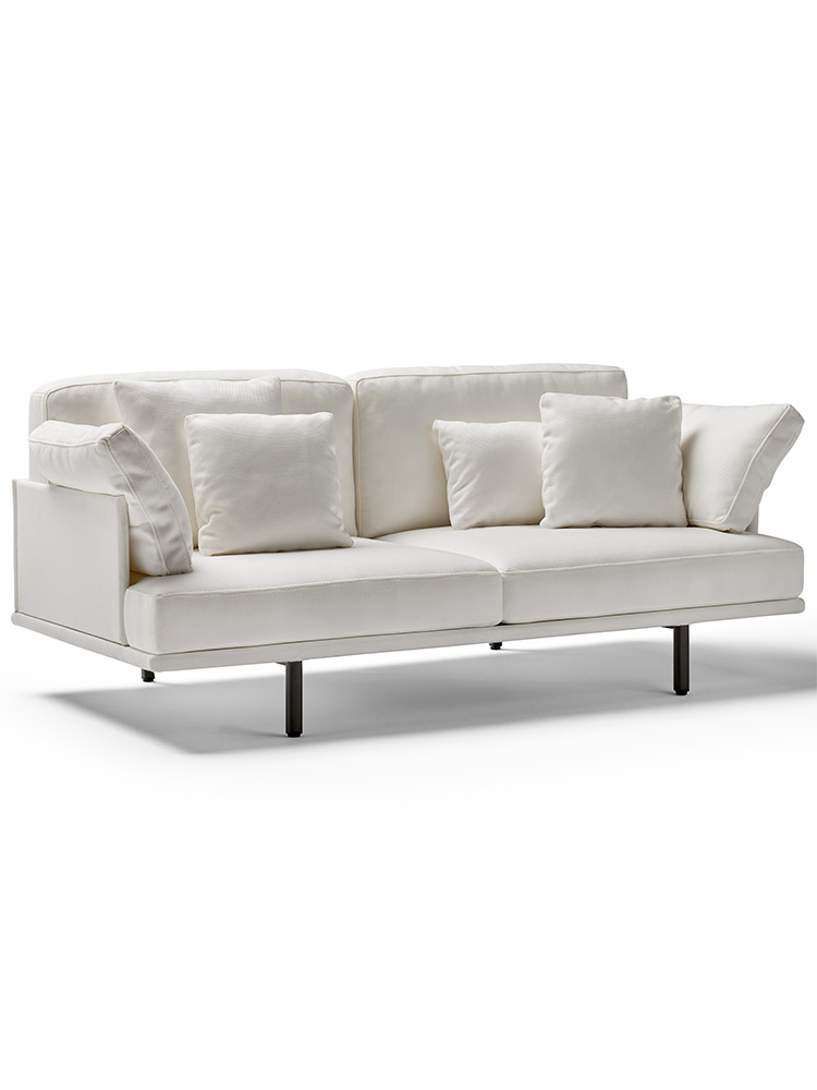 """4 Decorative Cushions Included in Price (1: 24"""" x 14"""" 