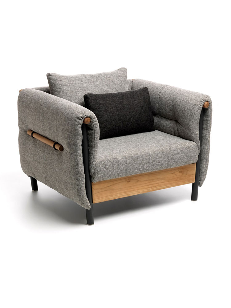 Frame Powder-Coated Aluminum, Graphite | Upholstery & Cushion Grey | Accent Natural Teak