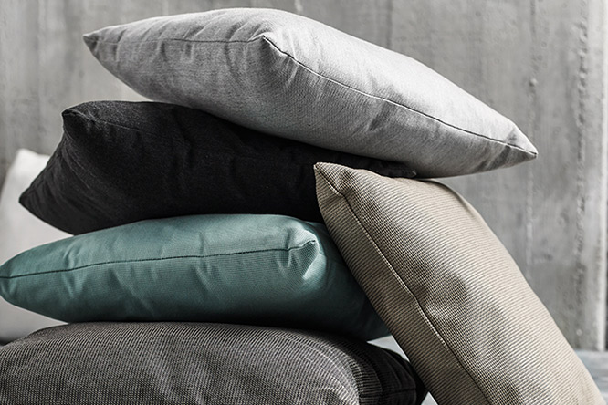 GLOSTER PILLOWS