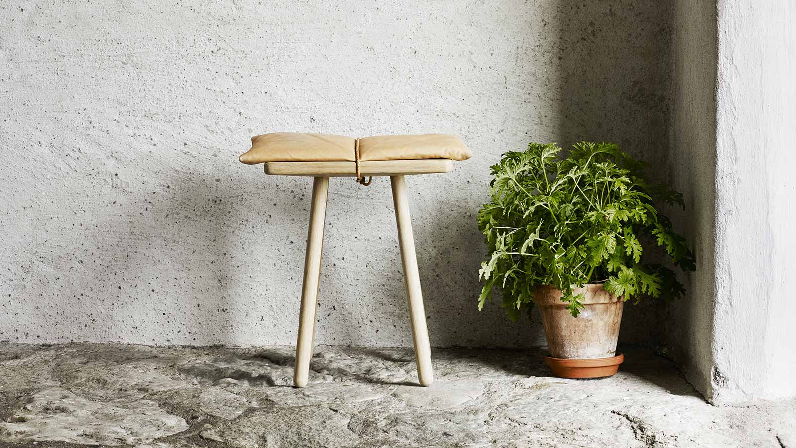 Skagerak Georg Oak Stool